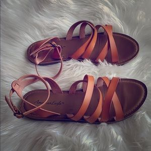 American Eagle strapy flat sandals